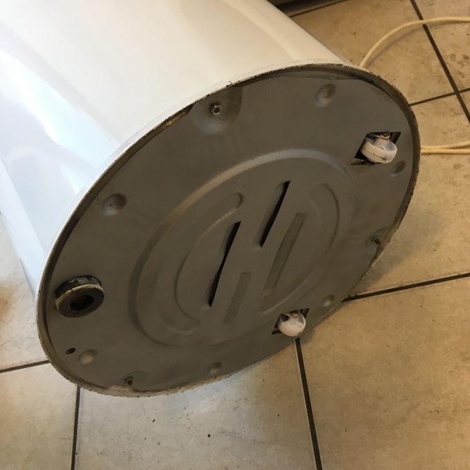Hajdú keverőtárcsás mosógép alulról