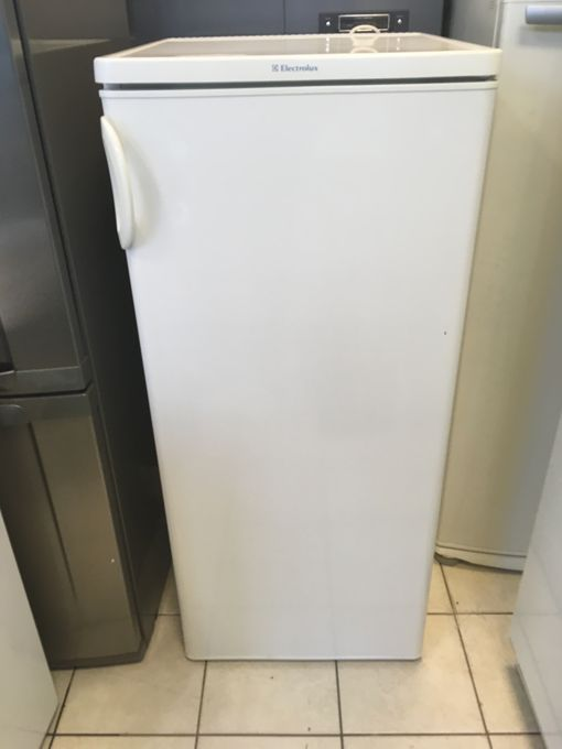 Zanussi 240 literes hűtő
